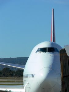 Qantas Airways Teams Up With Emirates To Expand European Reach