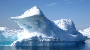 Energy Company ConocoPhillips Suspends Offshore Arctic Operations